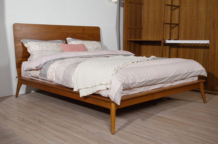 China High Headboard Solid Teak Wood King Size Bed Stb 002