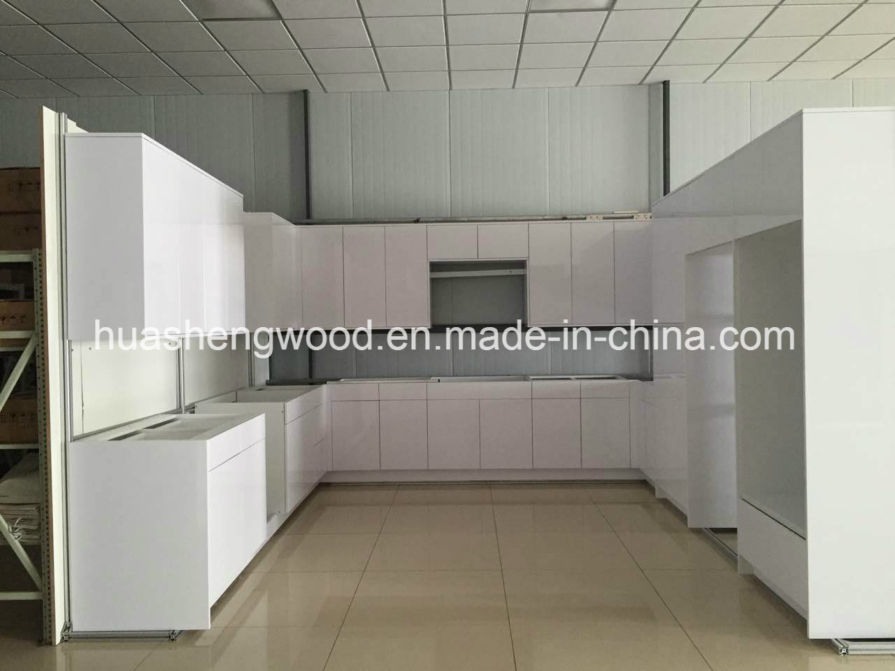 Hot Sale Modern Customizable Kitchen Cabinets pictures & photos