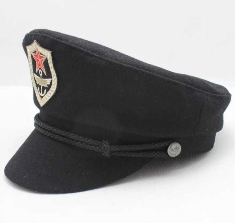 (LM14007) Uniform Military Police Hats and Caps pictures & photos
