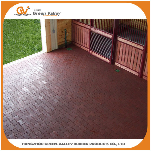 China Bone Shape Rubber Tile Floor For Horse Stable Equine China