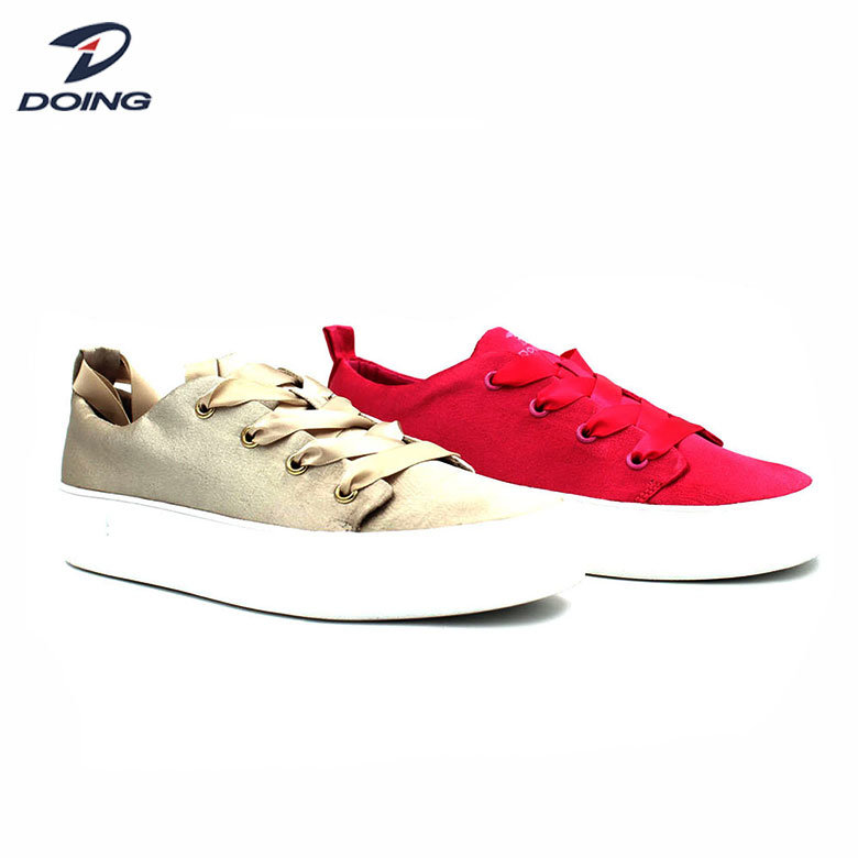 Factory Direct Sales Stylish Casual Sneakers Skate Shoes for Women pictures & photos