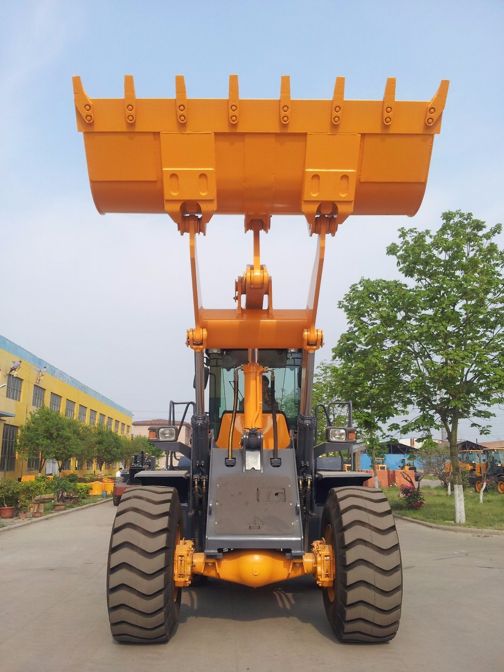 3cbm Bucket Hot Sale 5ton Wheel Loader pictures & photos