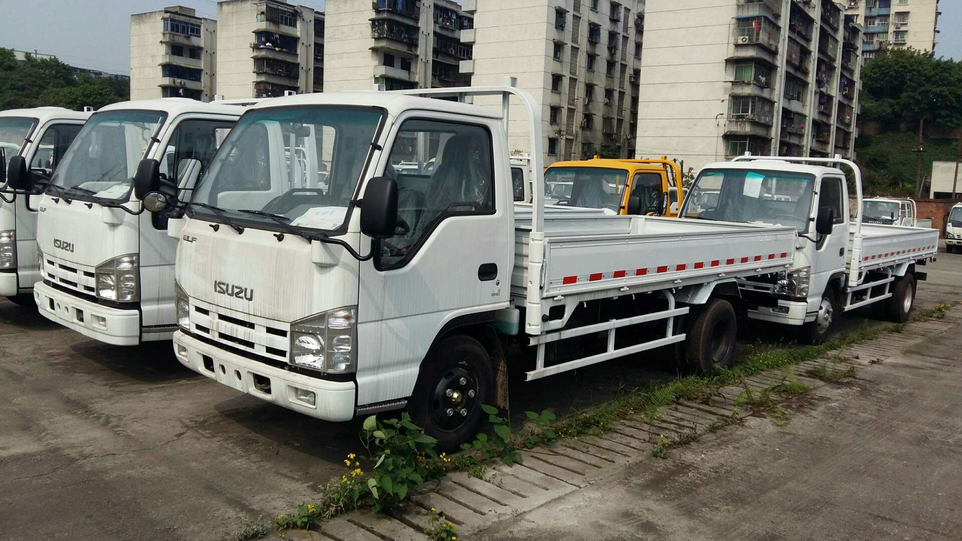 China Isuzu 600p Mini Truck With Loading Capacity 3 To 5 Ton   China Mini  Truck, Light Truck