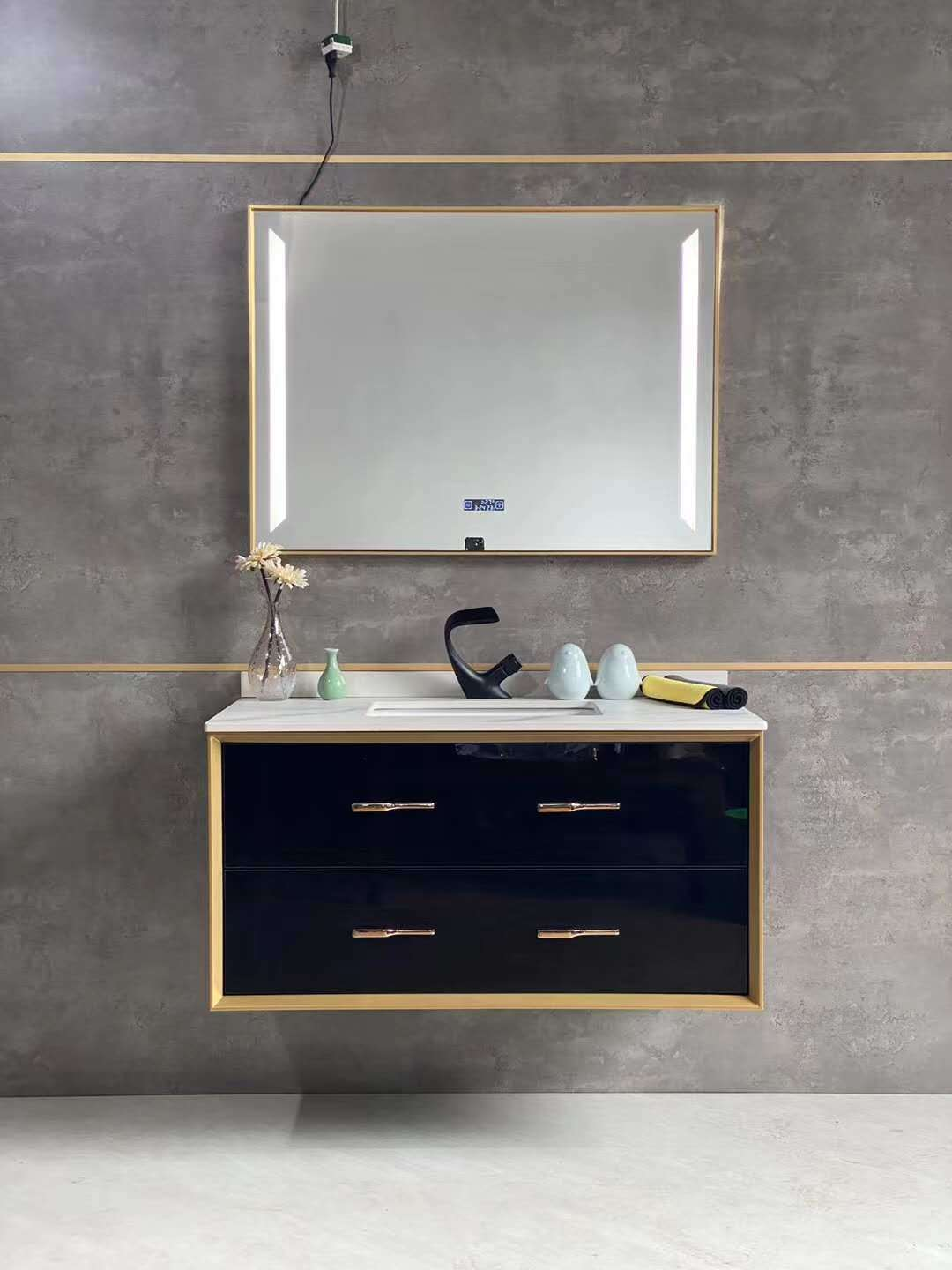 China Black Golden Solid Wood Bathroom Vanity Furniture With Led Mirror China Bath Cabinet Bathroom Furniture