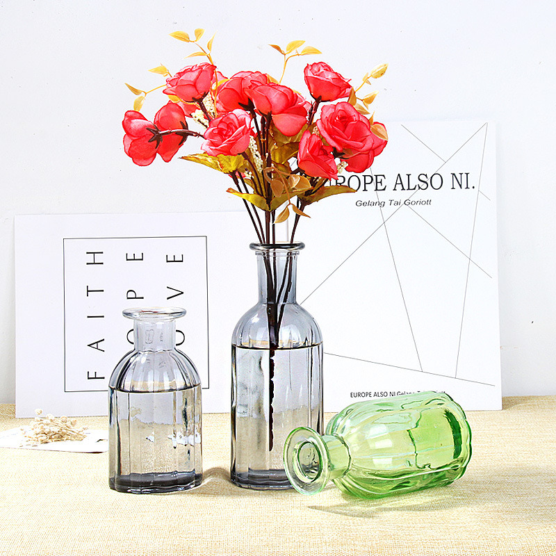 China Wholesale Simple Small Mouth Vertical Striped Color Vase Glass Flower Vase Home Decoration China Flower Pot And Decoration Price