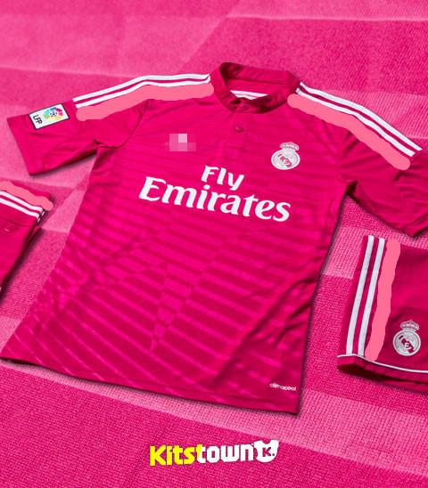 free shipping d80f8 3b315 [Hot Item] 2015 The New Season Real Madrid Home and Away Football Jersey  Thai Version Club T-Shirt Set