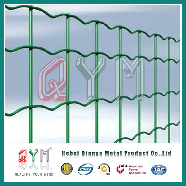 China PVC Coated 4X4 5X5 6X6 Welded Wire Mesh Fence/Wire Mesh Euro ...