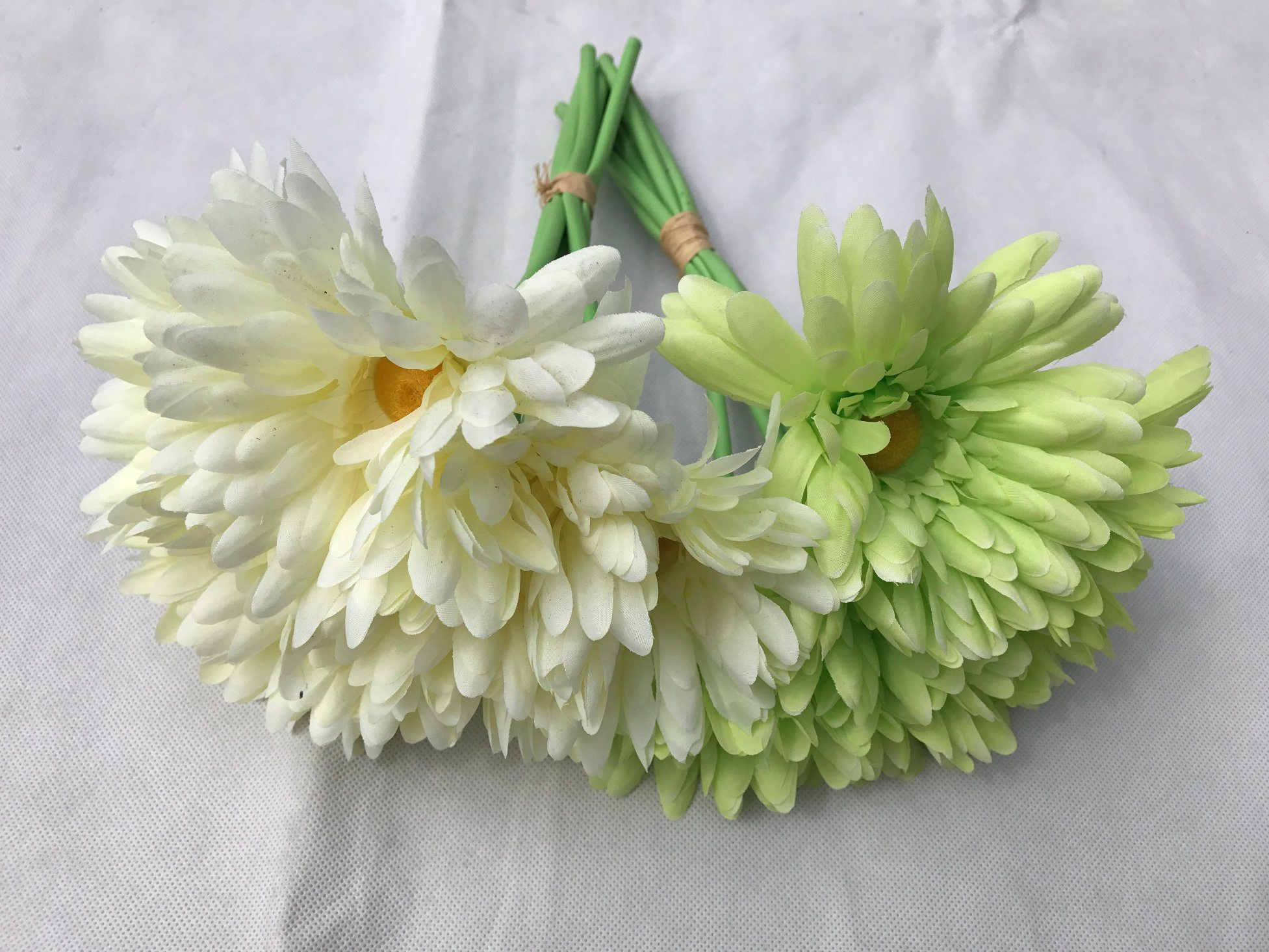 China Silk Artificial Daisy Chrysanthemum Flower For Wedding