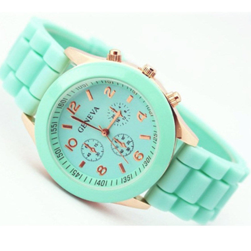 New Arrival Silicone Women Watch From Ladies Watch Factory pictures & photos