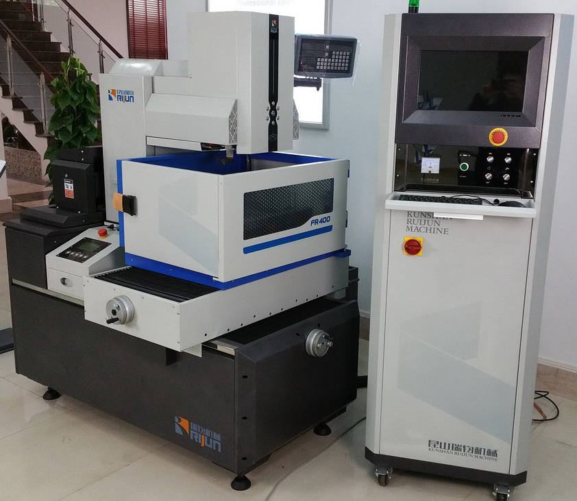 CNC Wire Cut EDM Machine Fr-700g pictures & photos