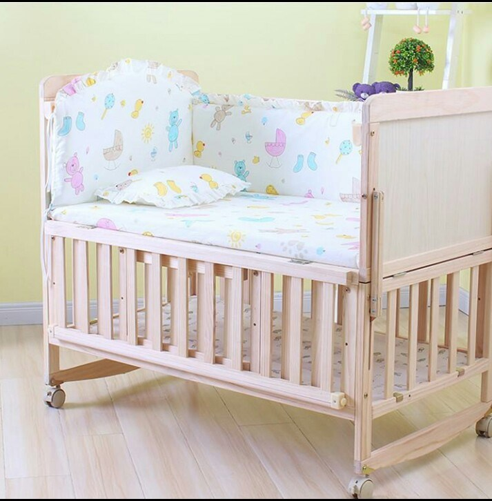 China Eco Friendly And Safe Solid Pine Wood Baby Bed Baby Cribs
