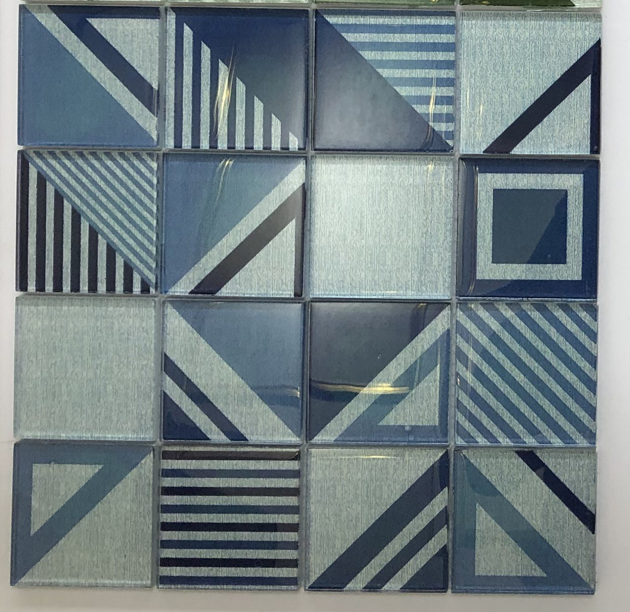 - China Iridescent Blue Glass Mosaic Tile Backsplash - China Mosaic, Glass Mosaic  Tile