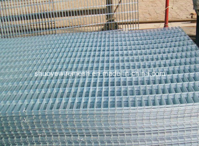China Electric Galvanized Welded Wire Mesh Garden Fence - China PVC ...