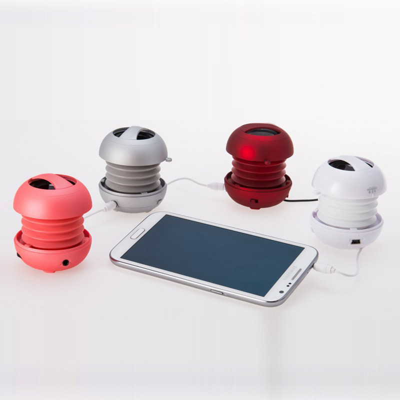 Traveling Portable Mobile Mini Speaker with Rechargeable Battery pictures & photos