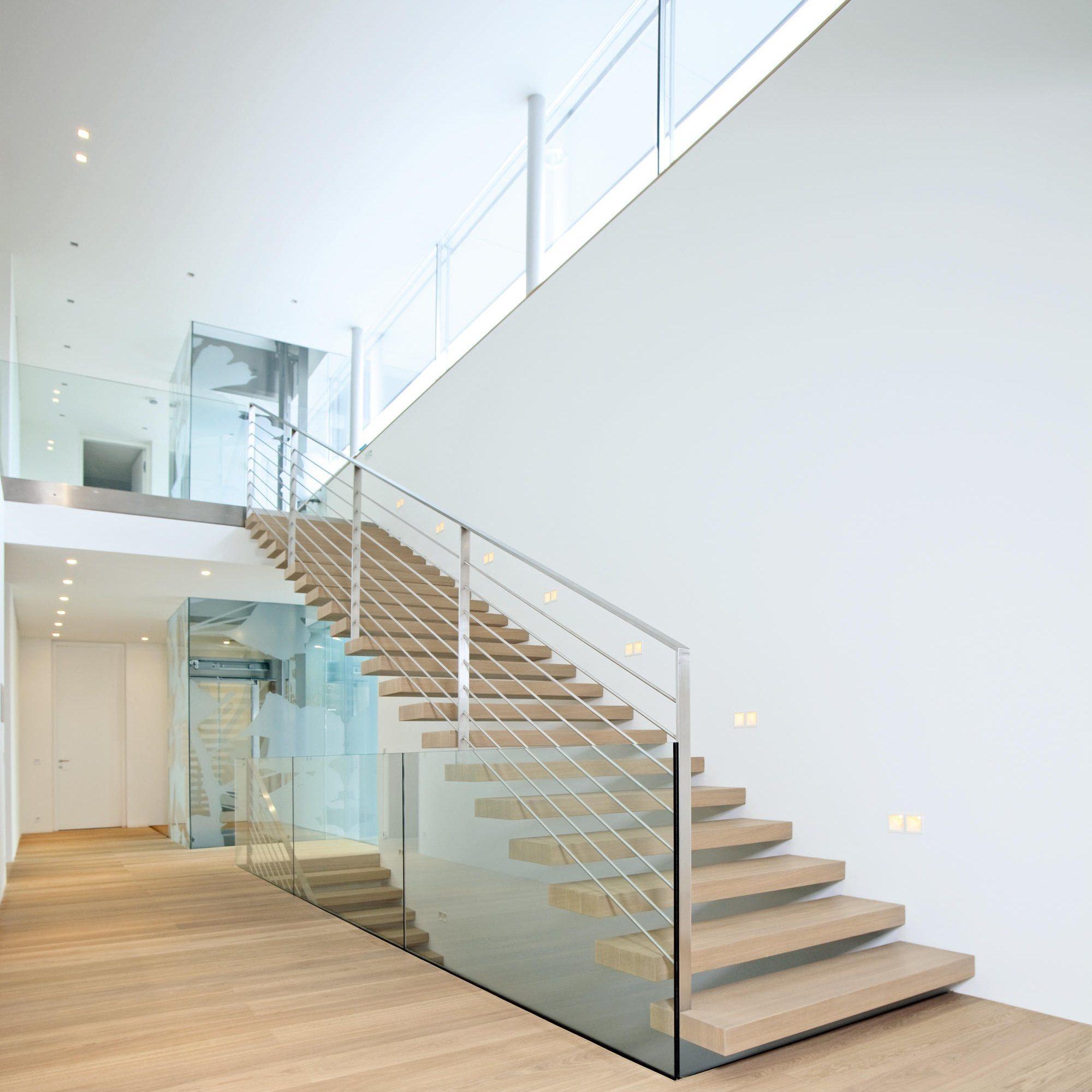 China 2019 New Design Modern Glass Stairs /Glass Railing ...