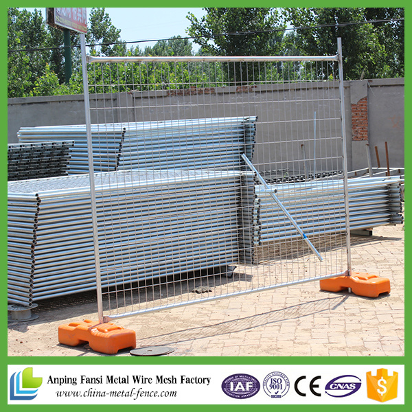 China Galvanized Welded Wire Mesh Temporary Fence for Sale - China ...