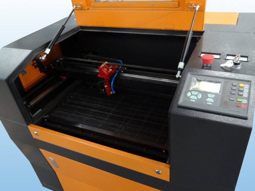CO2 Wood/Glass Laser Engraver (FLC6040) pictures & photos