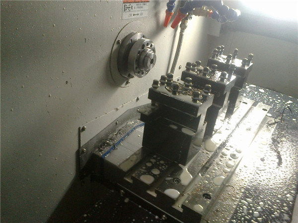Precision Metal Machining Horizontal CNC Lathe (CK30)