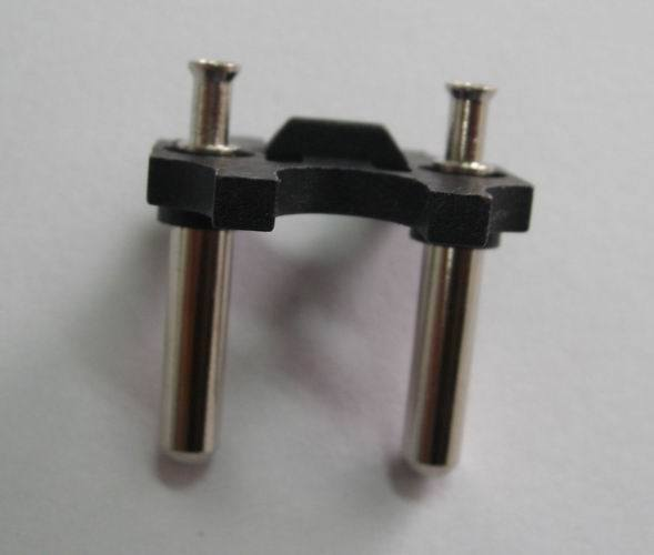 Holland Plug Insert with Solid Pins (MA002-1)
