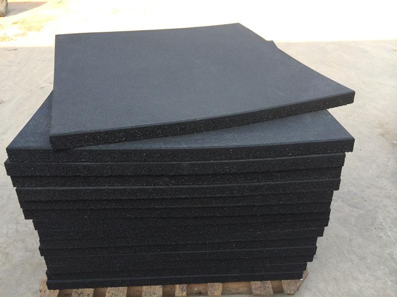 China 50mm Thick Black Rubber Tile Lifting Platform China Weight