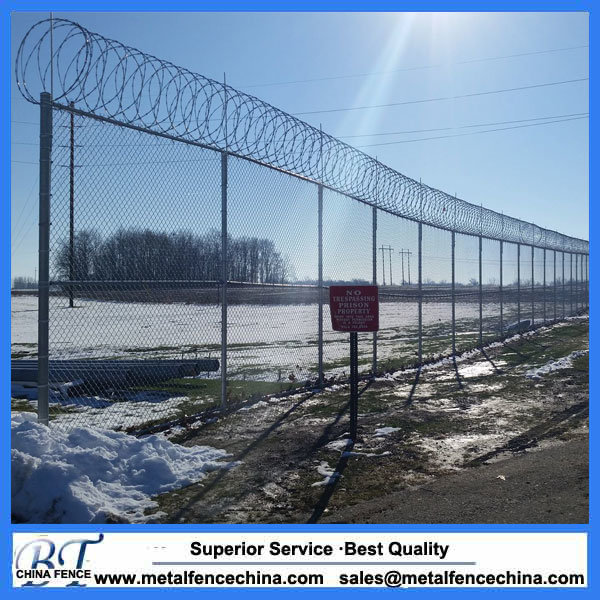 China Galvanized Chain Link Wire Mesh Fence / Diamond Wire Netting ...