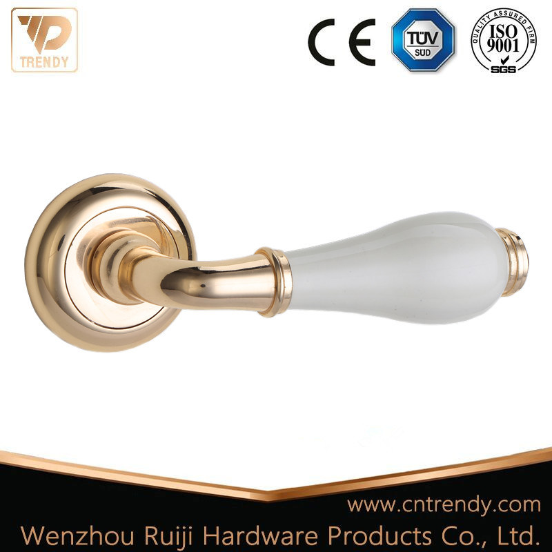 Hot Item White Ceramic Gold Zinc Alloy Wooden Lever Door Handles Z6237 Zr05