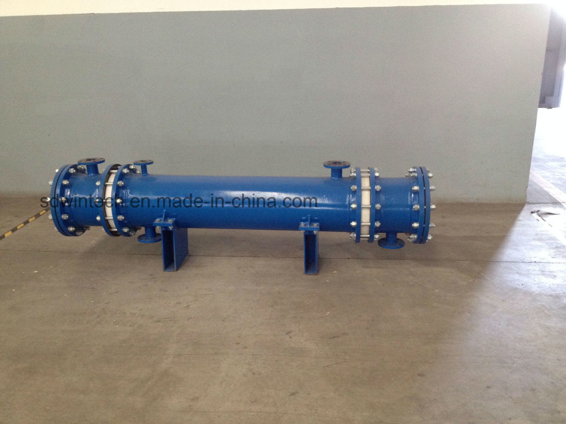 Silicon Carbide Shell and Tube Heat Exchanger Replace Traditional Graphite Heat Exchanger, Resistance Corrosion for Strong Acid and Alkali pictures & photos