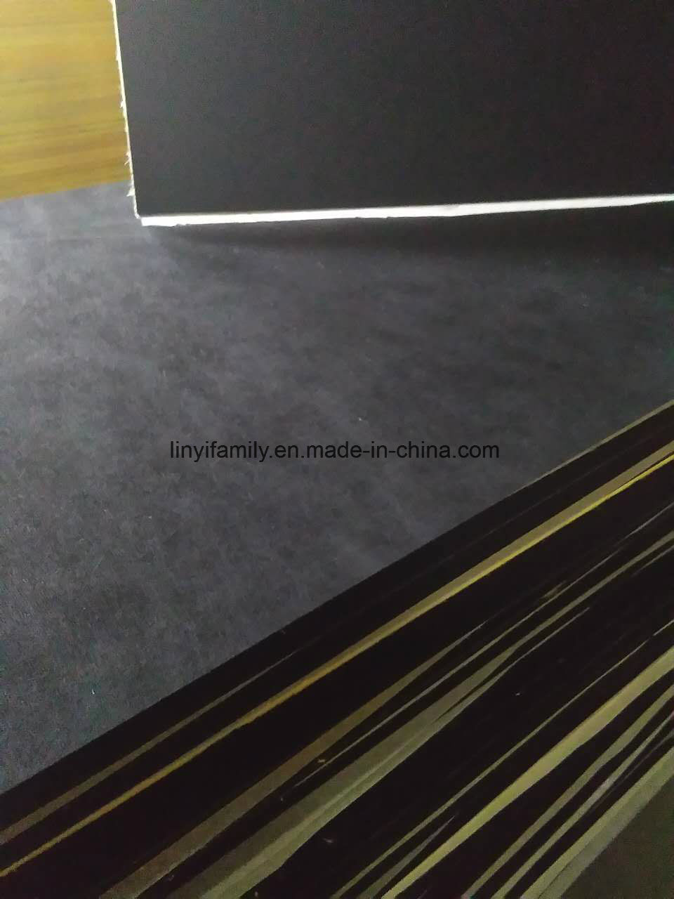 China Black Acoustic Fiber Glass Ceiling Tile China Glass Wool