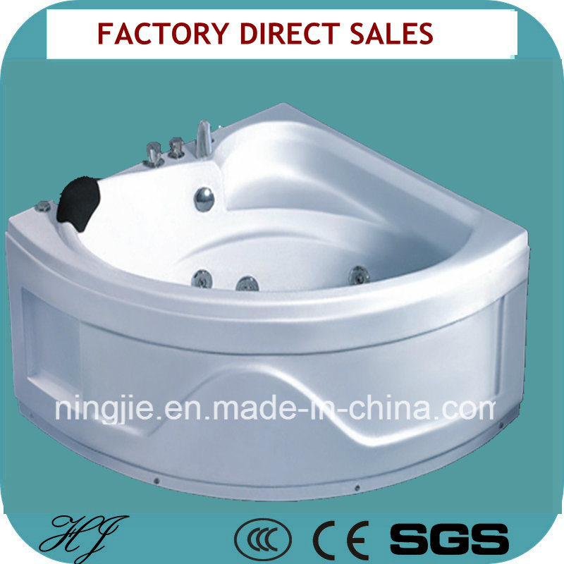 2016 New Model White Color Jacuzzi (5235)