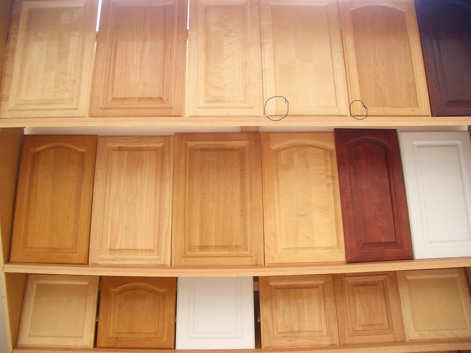 China Solid Rubber Wood Kitchen Cabinet Photos & Pictures - Made-in ...