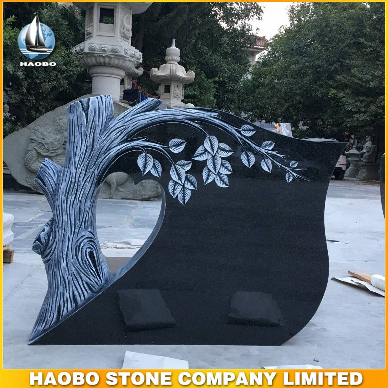 China Black Granite Monument With Tree Design Tombstone