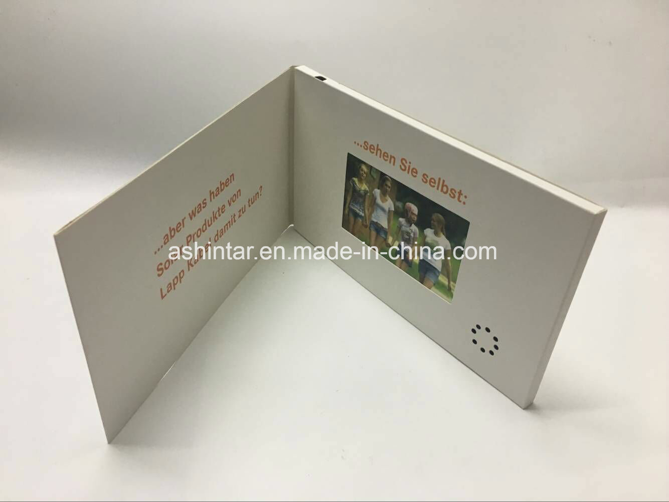 China Video Brochure Usb Webkey Flash Disk Lcd Video Greeting Cards