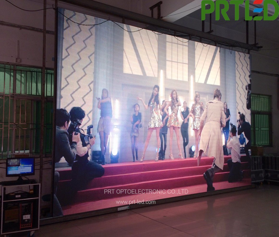 High Transparent P8.928 LED Curtain with Aluminum Panel 500* 1000 mm for Indoor/Outdoor pictures & photos