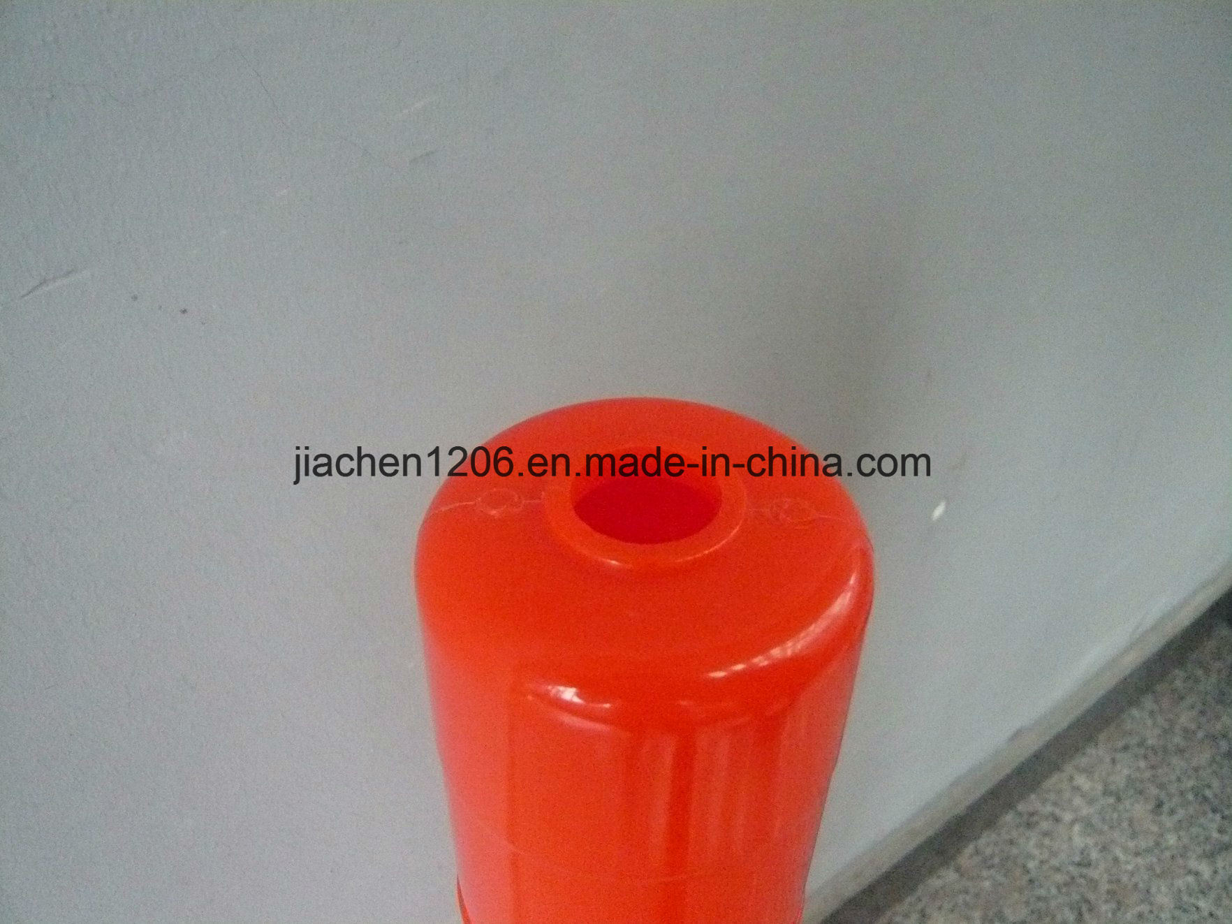High-Luminance Reasonable Price 750mm PVC Warning Post pictures & photos