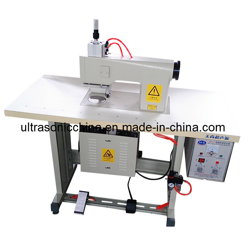 Ultrasonic Lace Sewing Machine (with CE) pictures & photos