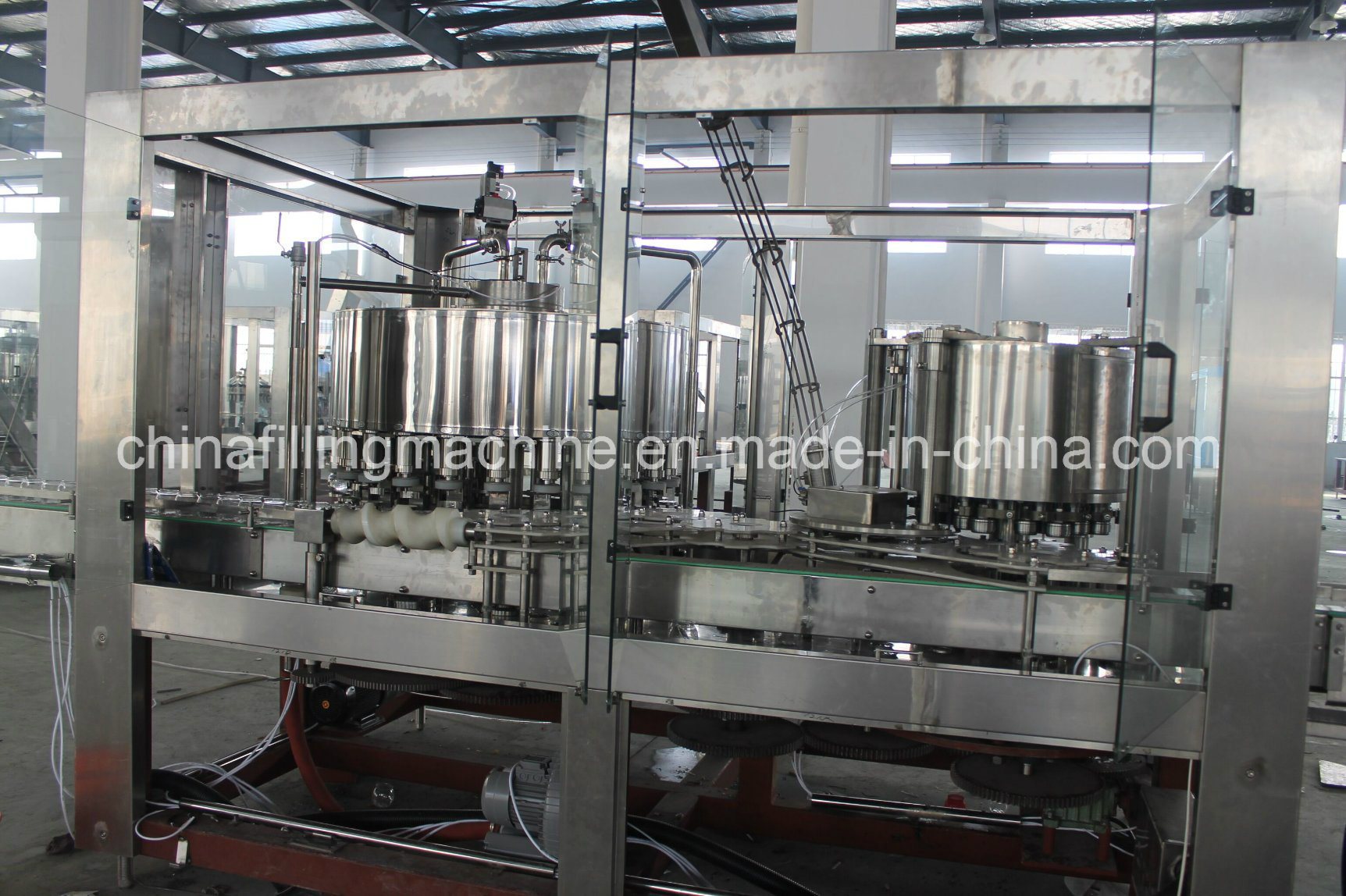New Design Beverage Can Filling Machine with Ce Certificate