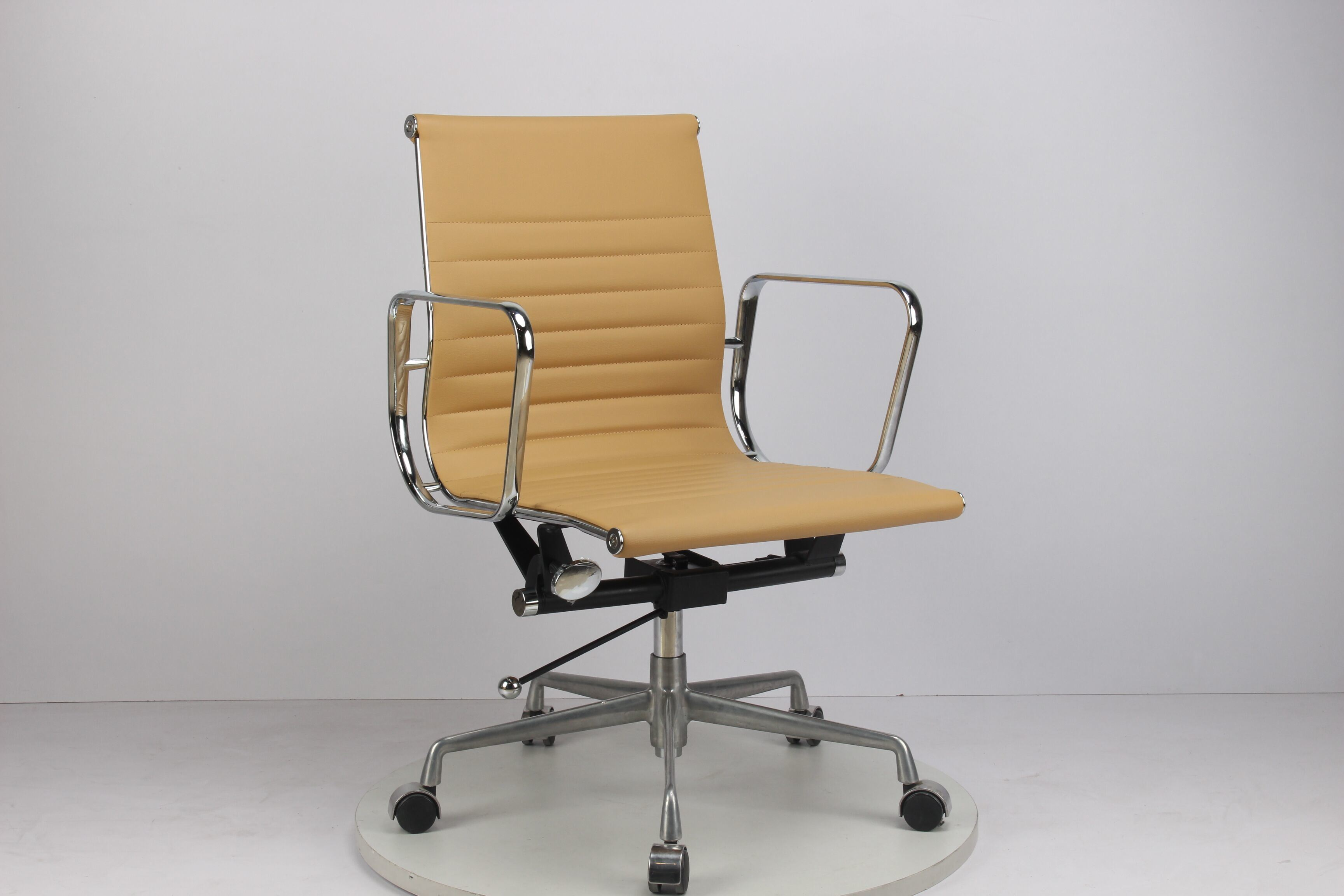 Miraculous Hot Item Soft Padded Mid Back Office Chair Light Brown Leather Interior Design Ideas Inesswwsoteloinfo