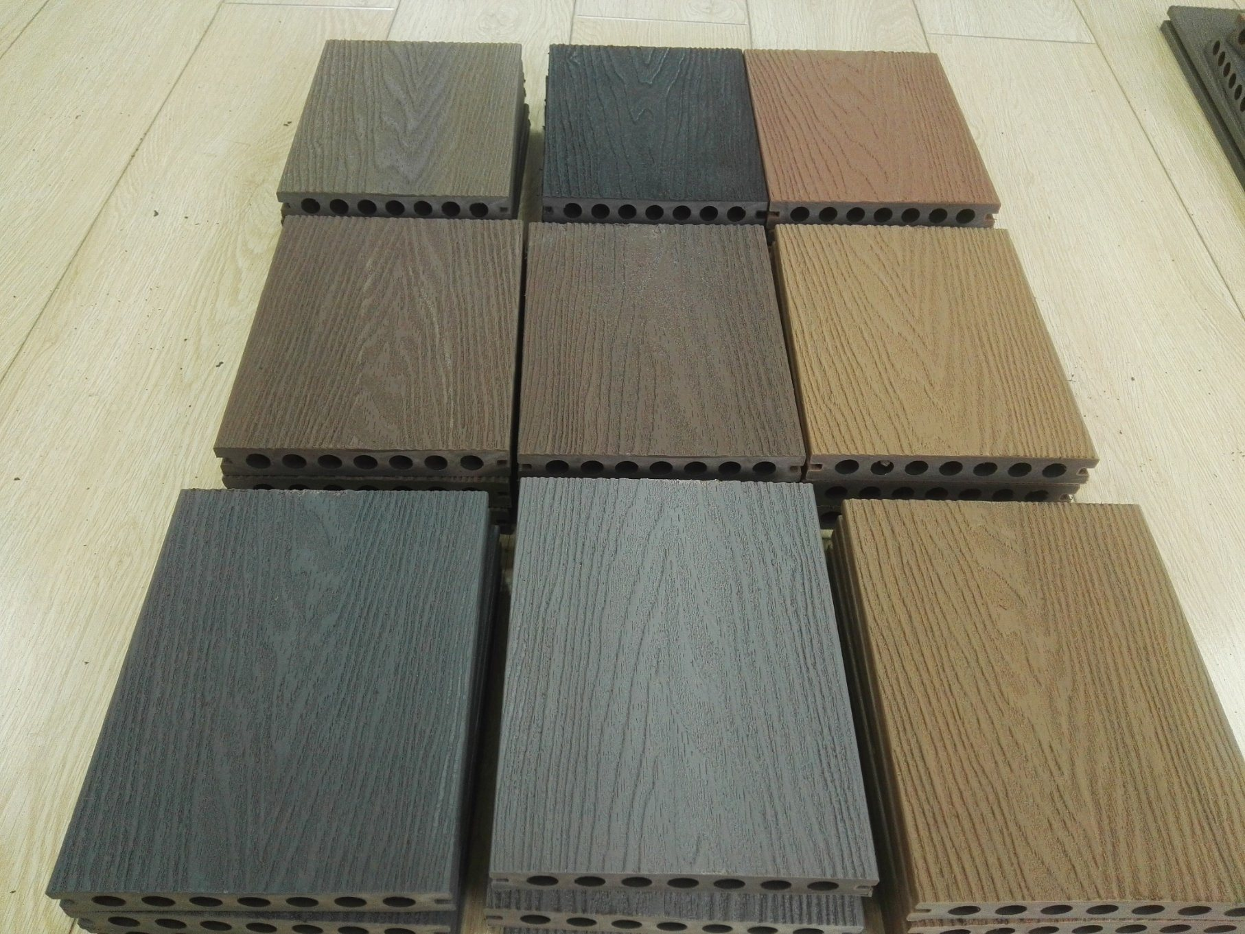 Co Extrusion Wpc Rubber Deck Flooring
