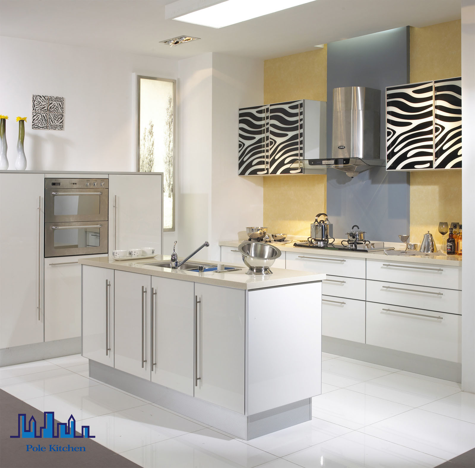 China Pole Island 2016 PVC White Kitchen Cabinet - China Kitchen ...