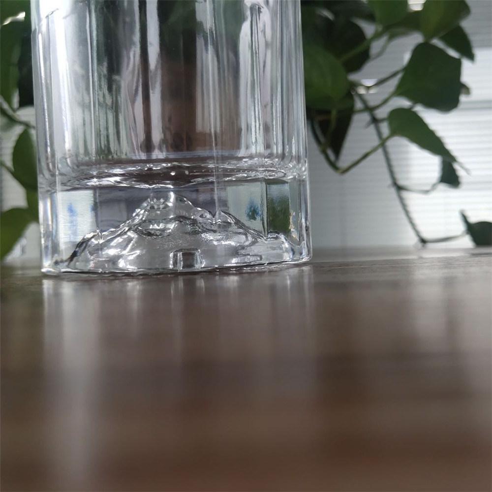 25 x 330ml Mountain Glass Bottles and Black Screw Cap