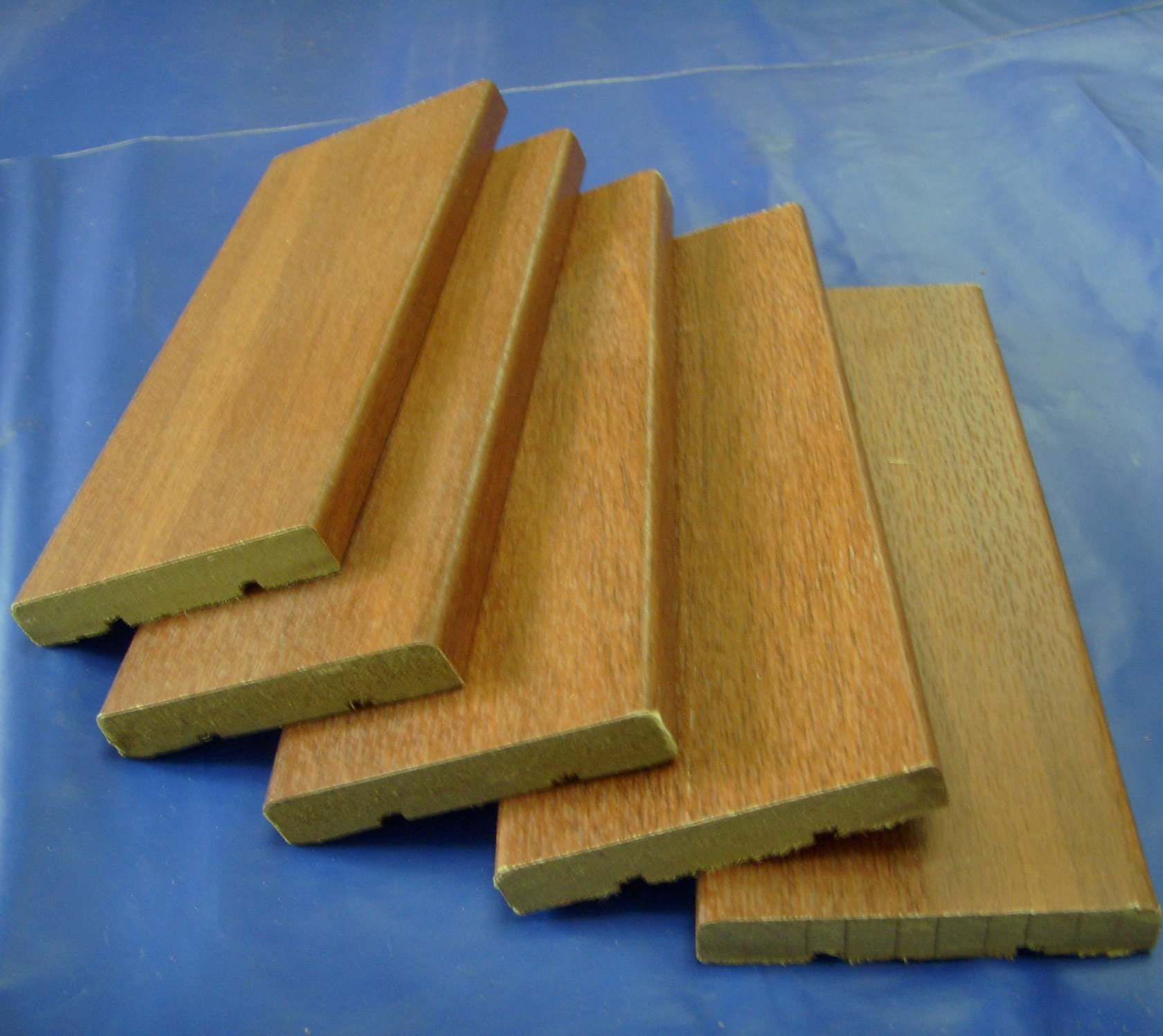 China Coated Or Laminated Or Veneed Mdf Wood Baseboard Molding China Veneed Baseboard Veneed Baseboard Moulding