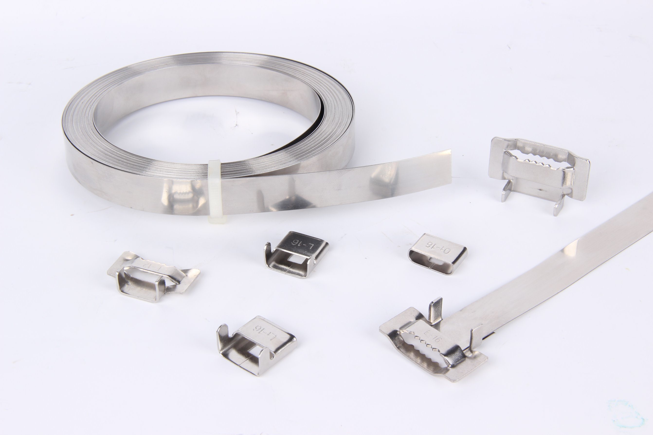 China PVC Coated Stainless Steel Strap - China Stainless