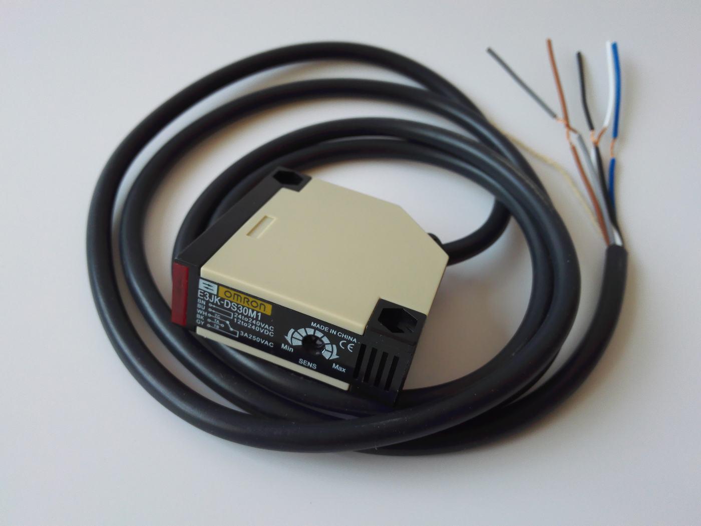 China Output Photoelectric Sensor E3jk Ds30m1 Dc24v No Nc Relay Switch Diffuse Type