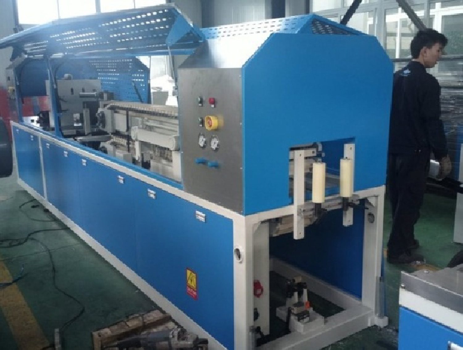 China PVC Wire Casing / Trunking Extrusion Line Photos & Pictures ...