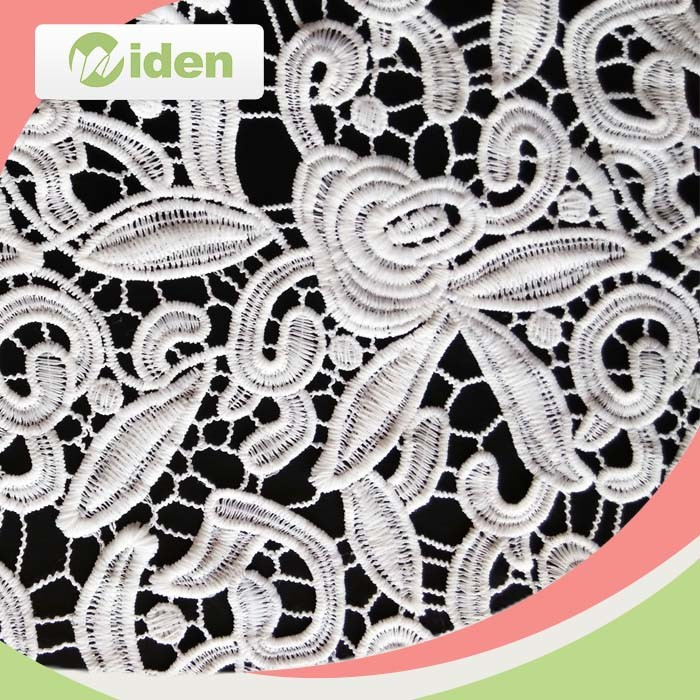 100 % Milky Polyester Embroidery Lace Fashion Chemical Lace Fabric pictures & photos