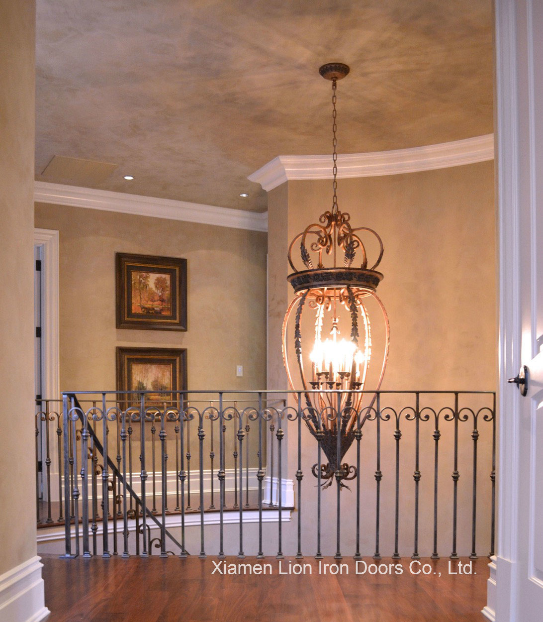 [Hot Item] High Quality Safety Indoor Wrought Iron Stair Handrails