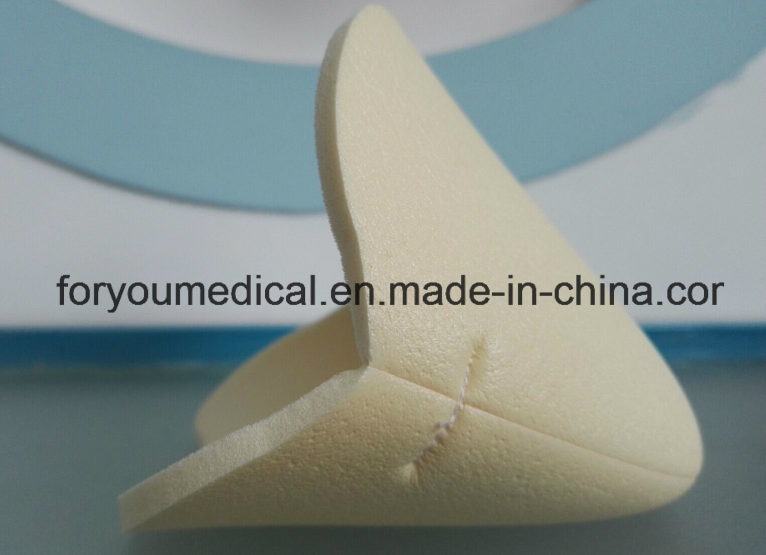 Foyou Non Adhesive PU Film Foam Wound Dressing pictures & photos