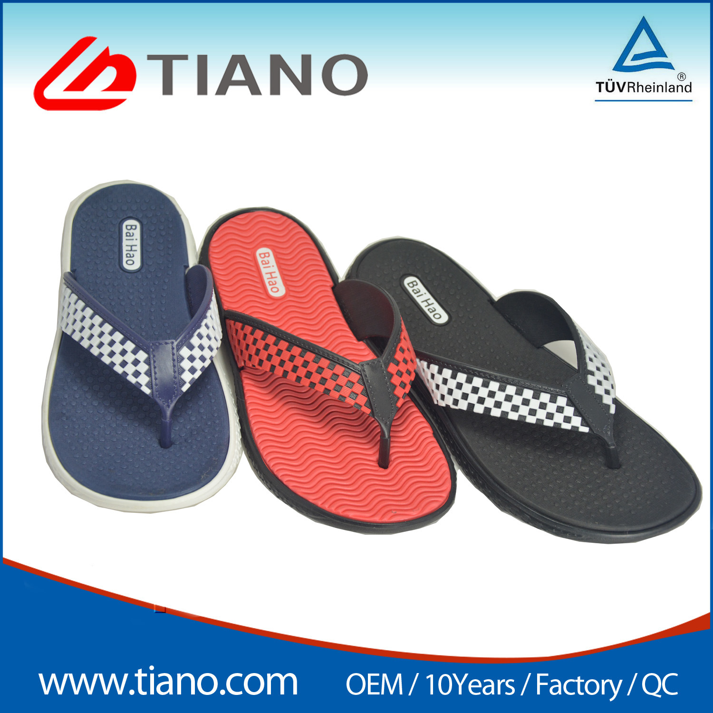 1bab7ae9d2c97 China Fashion Comfortable EVA Beach Flip Flop Unisex Sandal - China PVC Flip  Flops