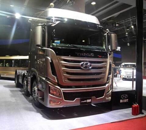 New Hyundai 6x2 Tractor Trailer