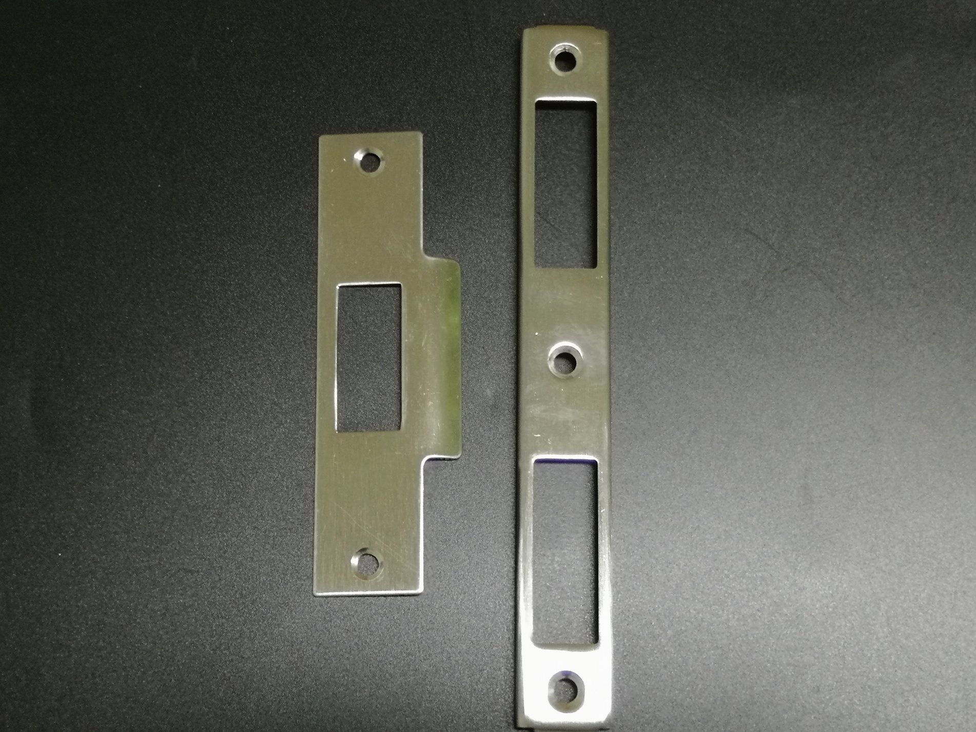 China Sliding Door Accessories Stainless Steel Lock Cover Plate